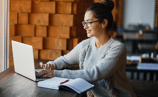 ブログ記事、ビデオ学習、オンラインクラスで学べる